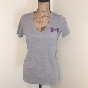 Under Armour gray v neck t-shirt. Doubt Me
